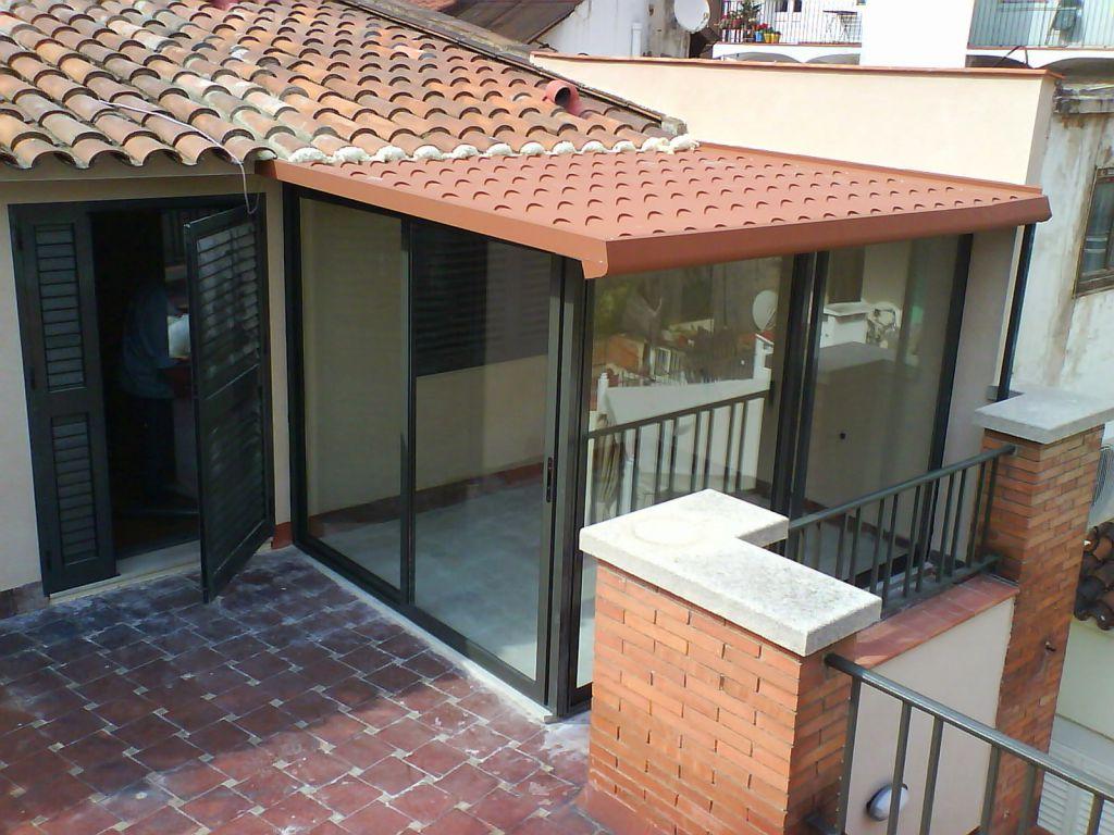 Cerramientos de exterior para terrazas ticos y balcones for Casetas aluminio para terrazas